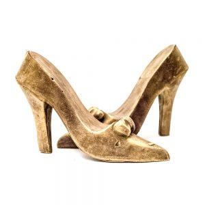 Små Højhælede sko i realistisk look (GULD) i lille gaveæske 220 g
