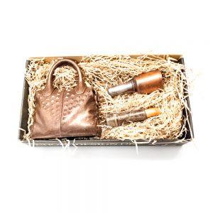 Taske med makeup i lille gigant gaveæske 150 g